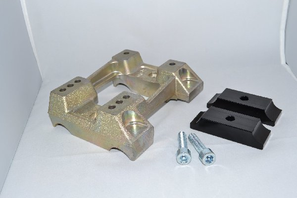 MAGNESIUM FLAT ENGINE MOUNT FOR 28MM TUBE - WITH HOLES - WITH BRACKETS
