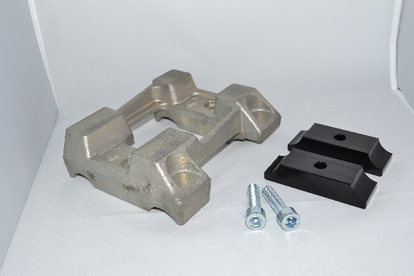 MAGNESIUM FLAT ENGINE MOUNT FOR 30MM TUBE - WITHOUT HOLES - WITH BRACKETS